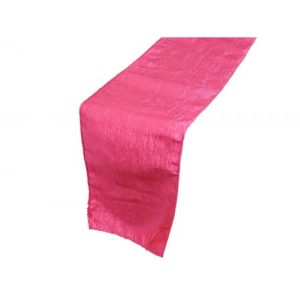 chemin de table en taffetas fushia